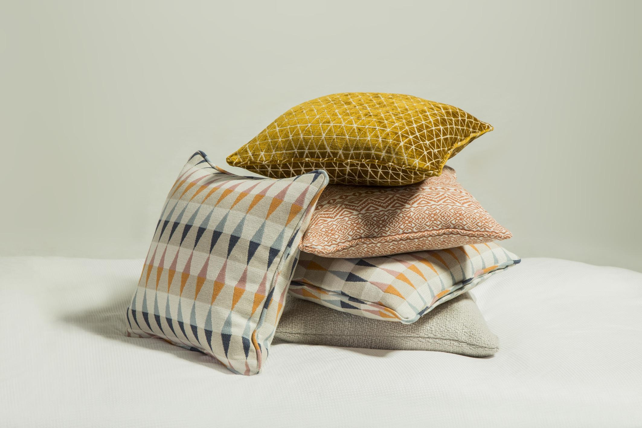 cushions_01.jpg