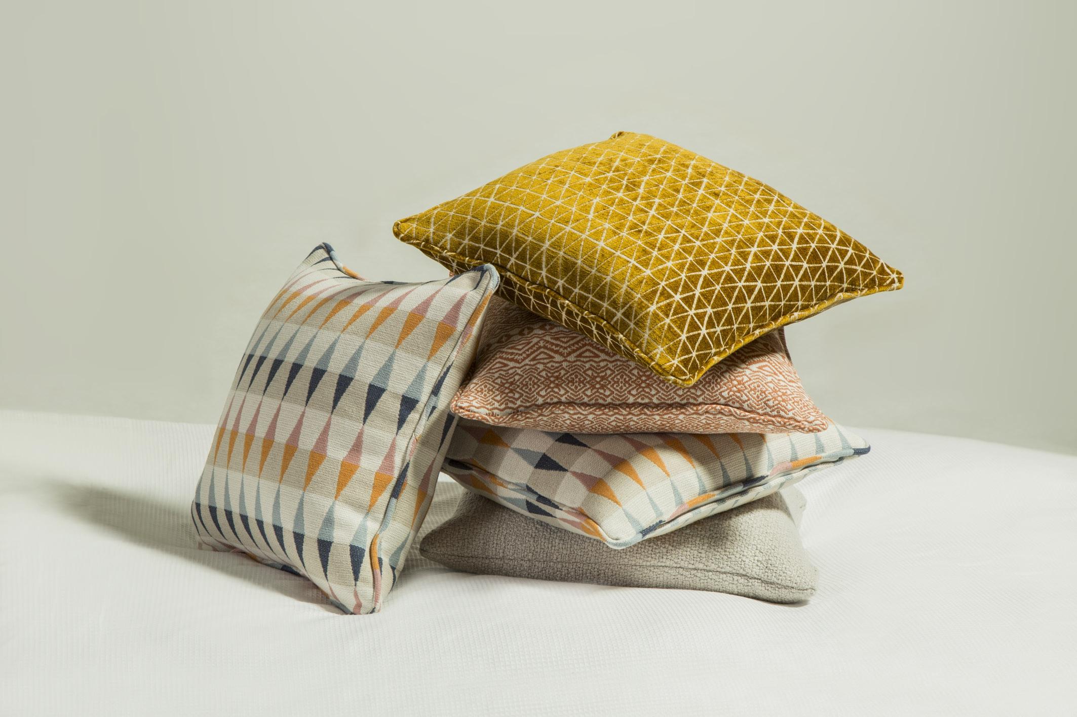 cushions_02.jpg
