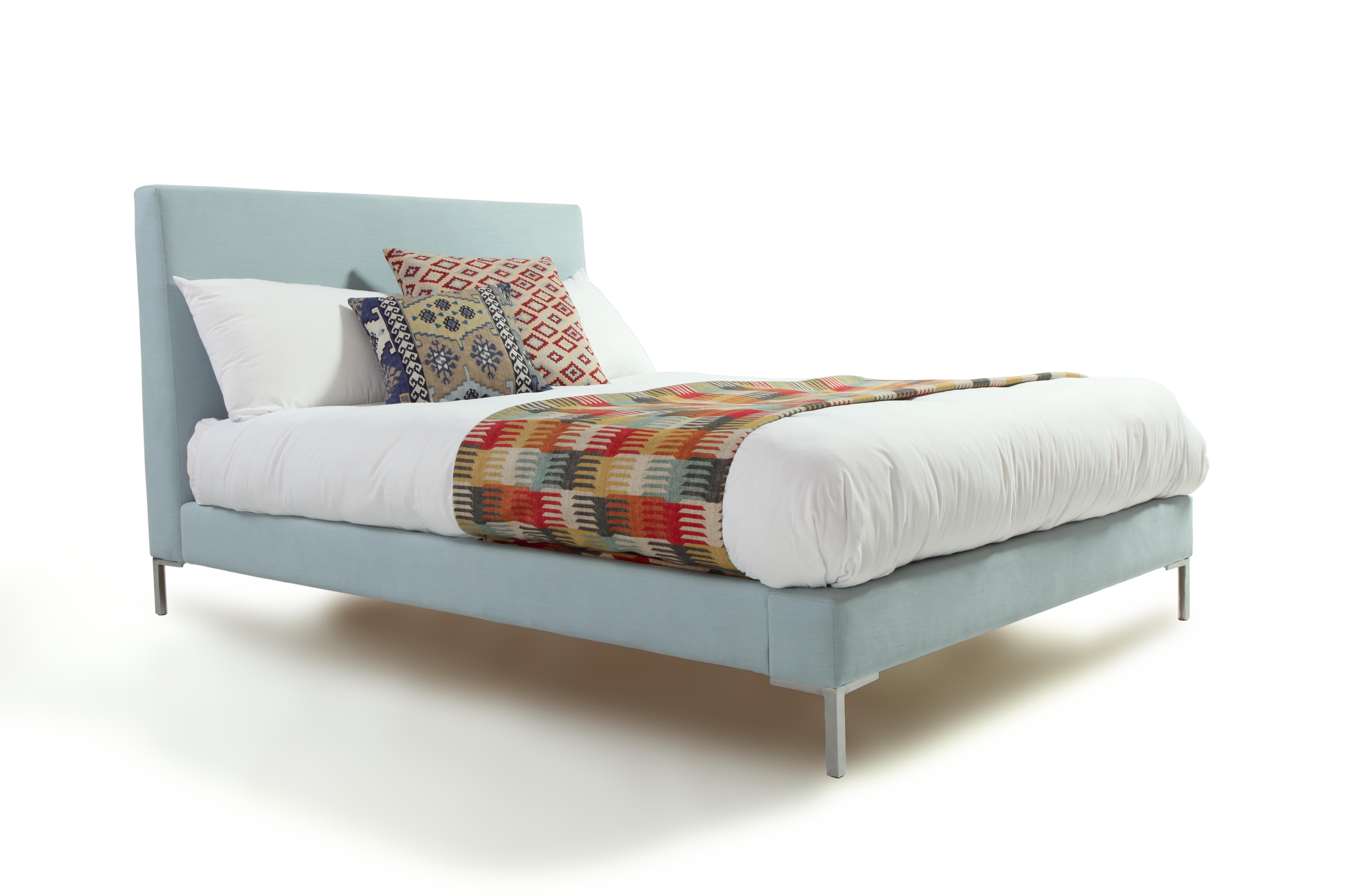 Latitude Bed Gallery