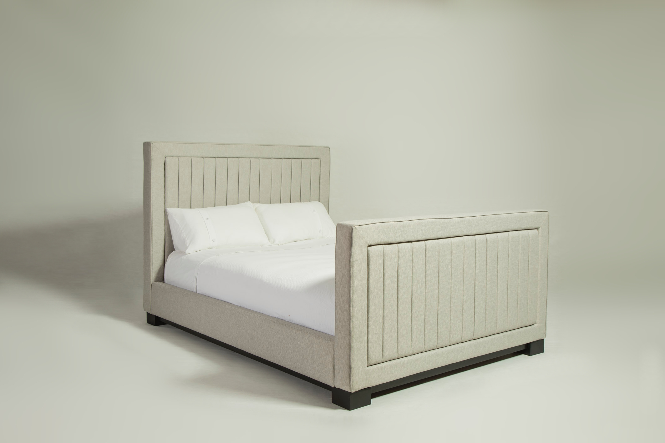 lux_channelled_bed_02.jpg