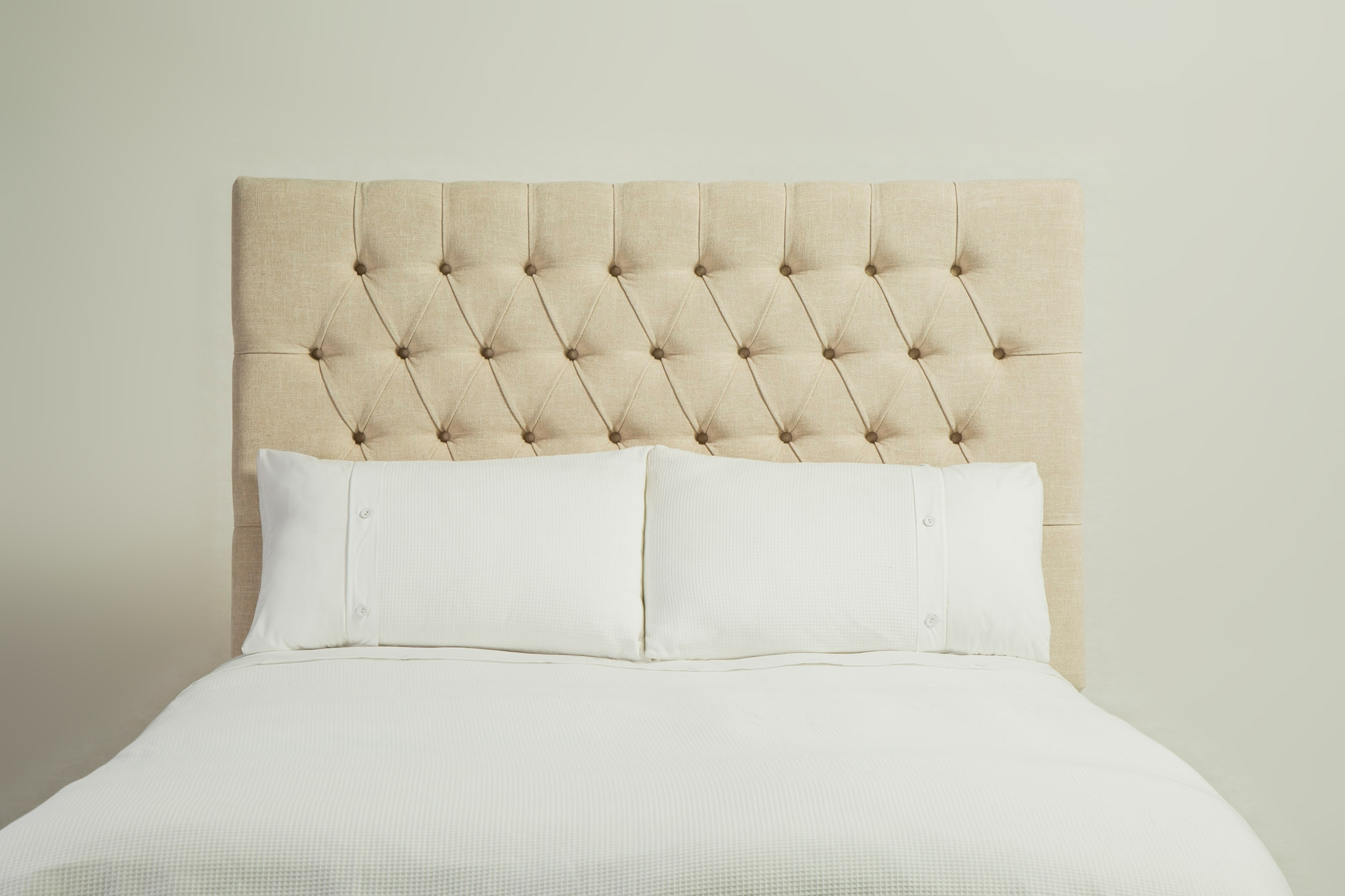 Simple deep buttoned headboard for Simple headboards